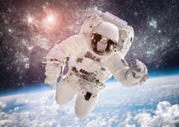 مزاد على مقعد في رحلة للفضاء.. تخيل كم سعره ؟